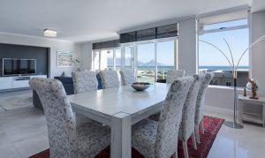 Agent nieruchomości pomoże sprzedać mieszkanie