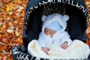 Ciepłe kurtki dla niemowląt