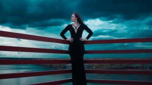Wyjątkowe czarne sukienki damskie