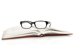 Okulary korekcyjne – kiedy są niezbędne?