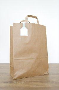 Wybieramy dekoracyjne torby papierowe