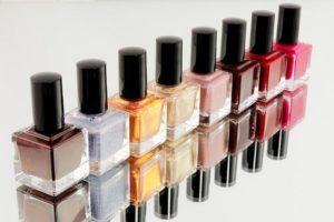 Read more about the article Wykonywanie manicure hybrydowego w Łodzi