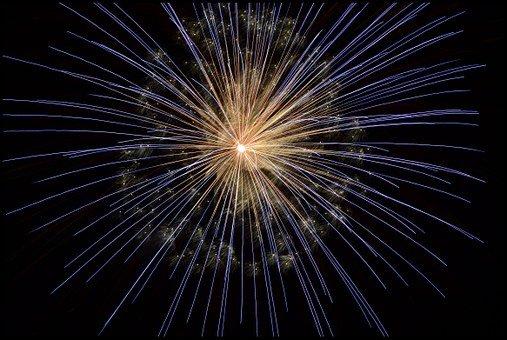 głośne fajerwerki na sylwestra